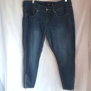Ankle Zip Stiletto Skiny Jeans